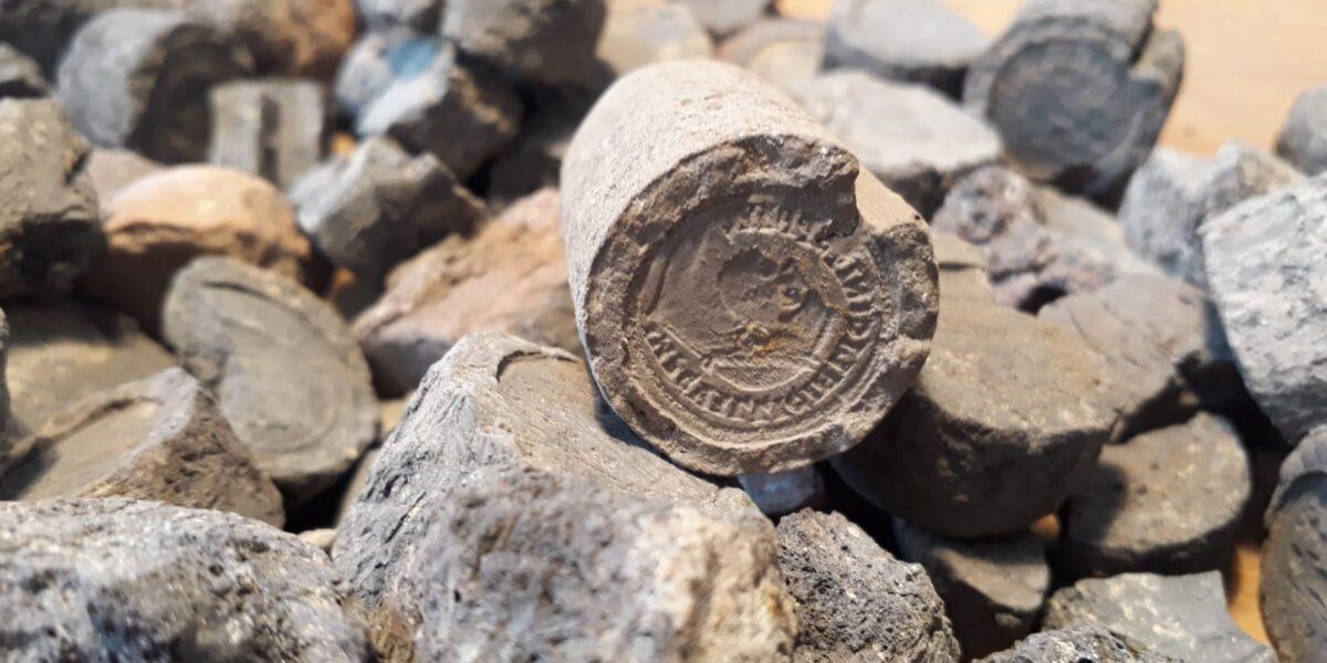 Moules monétaires de Qasr Qarun. Craham, numismatique